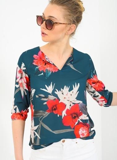 Apoletli Büyük Çiçekli Krep Bluz-Ola